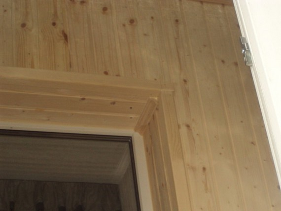 Откосы на окна в деревянном доме своими